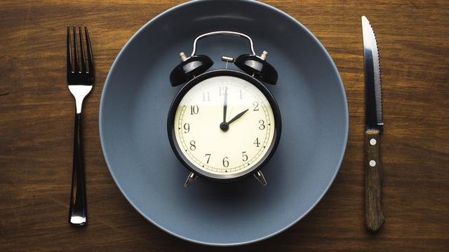 067905100_1526608033-Intermittent-Fasting-Diet.-How-to-Take-Advantage-of-the-Easter-Season-e1521203856544